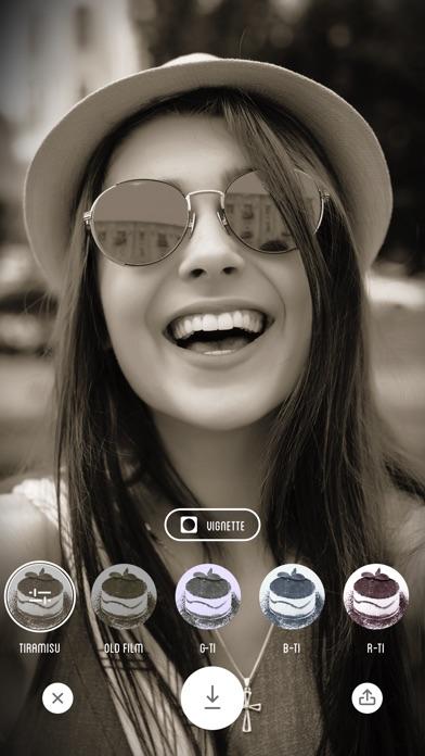 Screenshot of Fotocamera Tiramisu - Filtro Bianco e Nero1